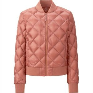 UNIQLO Ultra Light Down Quilted Ribbed bomber